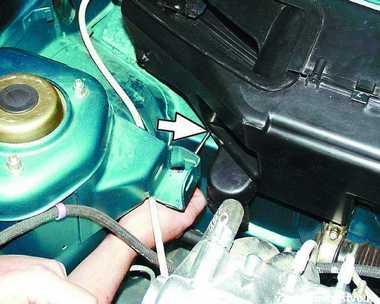 Сколько масла заливать в двигатель хендай солярис