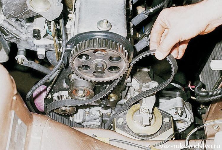 Фото №12 - ВАЗ 2110 замена шестерни грм